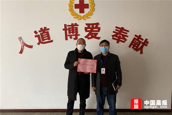 """新津司法局社区矫正对象主动担当 成就""""疫""""战特殊风景线"""